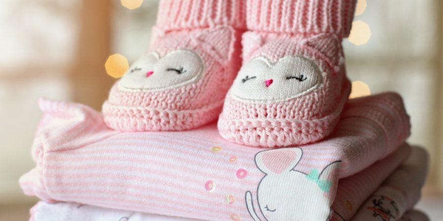 cfc49bb6d5b84 Quelle Quantité de Vêtements Prévoir pour Bébé